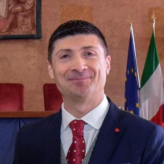 Luciano Lazzeri